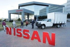 La empresa Nissan hizo el donativo de una camioneta