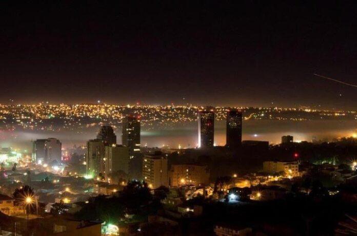 Tijuana de noche